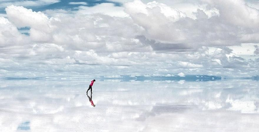 Salar de Uyuni One of the World's Largest Mirrors, Bolivia