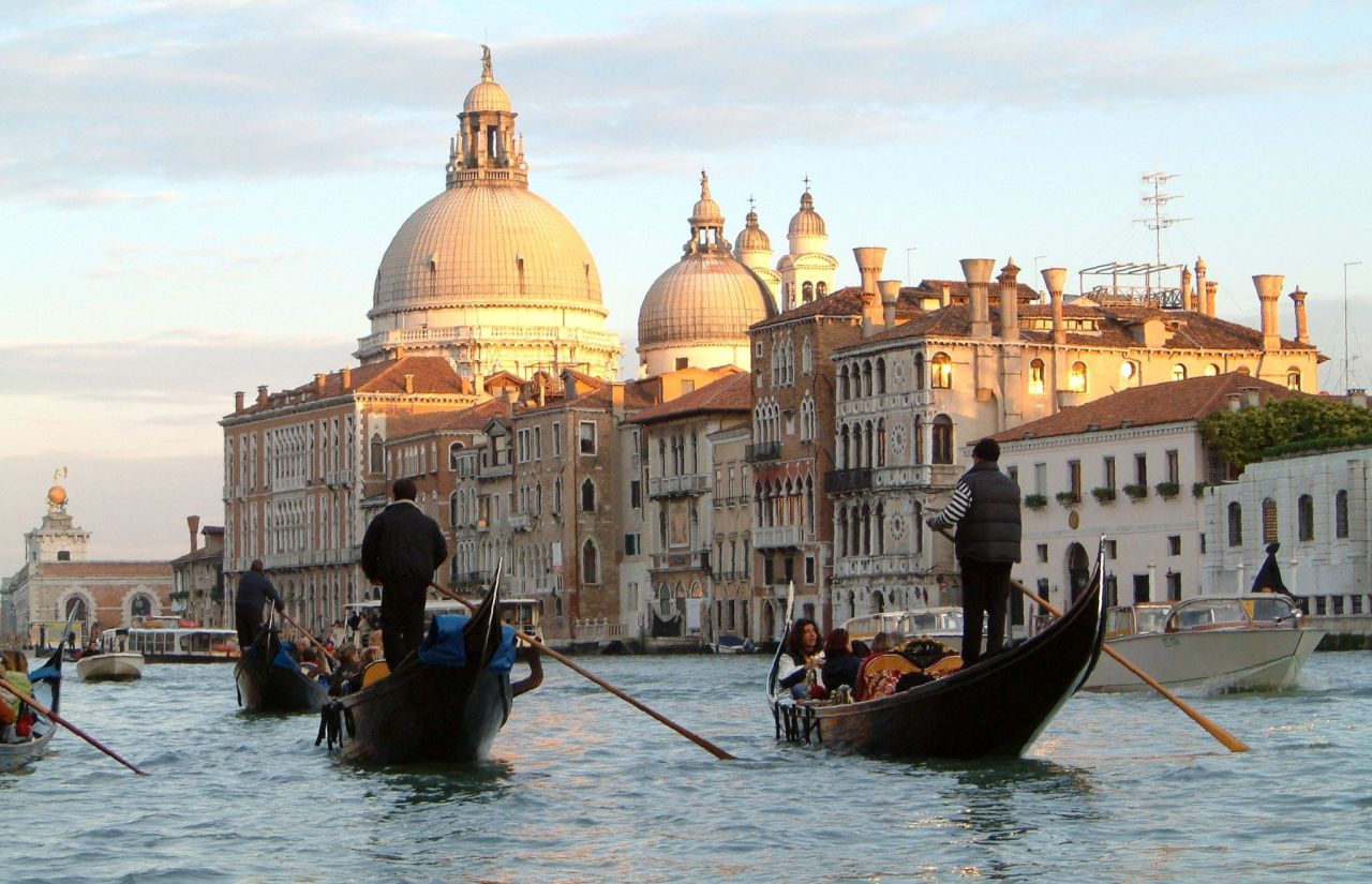 Metti un weekend romantico a Venezia, che fare?